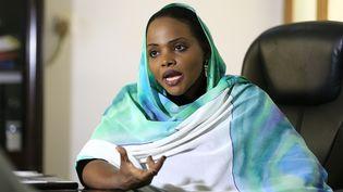 Souleima Sharif, directrice du comité gouvernemental de lutte contre les violences faites aux femmes, dans son bureau à Khartoum le 14 novembre 2019. (ASHRAF SHAZLY / AFP)