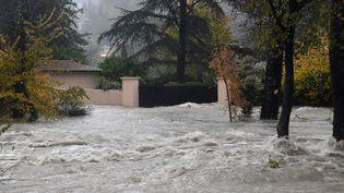 La rivière Loup en crue, au niveau de la commune de Pont-du-Loup (Alpes-Maritimes), le 23 novembre 2019. (YANN COATSALIOU / AFP)