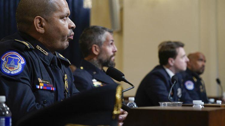 Des policiers racontent devant leCongrès (Washington)l'assaut du 6 janvier contre le Capitole, le 27 juillet 2021. (POOL / GETTY IMAGES NORTH AMERICA / AFP)