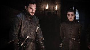 """Maisie Williams (qui incarne Arya Stark) et Kit Harrington (qui incarne Jon Snow) dans la saison 8 de la série """"Game of Thrones"""" diffusée sur HBO. (GAME OF THRONES / HBO)"""
