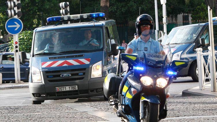(Arrivée jeudi d'Abdallah Boumezaar et de sa compagne au palais de justice de Toulon dans des fourgons de la gendarmerie © Maxppp)