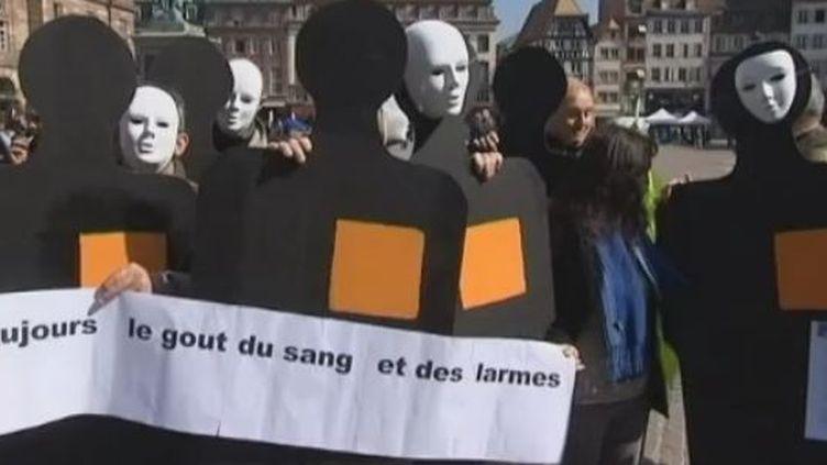 Manifestation de salariés d'Orange jeudi 22 mars à Starsbourg après le suicide d'un collègue (CAPTURE D'ÉCRAN FRANCE 2)
