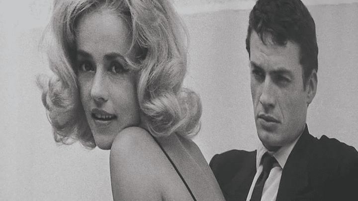 """Photo en noir et blanc de Jeanne Moreau prise par Agnès Varda.Elle est exposée au Festival """"Premiers Plans"""" d'Angers.  (France 3)"""