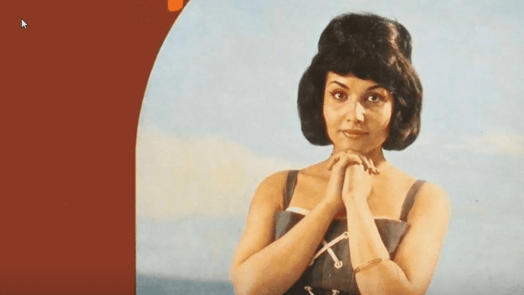 "La chanteuse Maya Casabianca, interprète de ""Garde-moi la dernière danse"".  (Philips)"