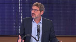 Matthieu Orphelin, député écologiste du Maine-et-Loire, invité de franceinfo le 18 août 2021.  (FRANCEINFO / RADIO FRANCE)
