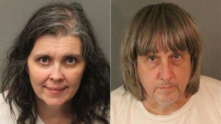 Montage photo réalisé le 15 janvier 2018 de Louise et David Turpin, couple californien accusé de torture sur leurs 13 enfants. (JOSE ROMERO / RIVERSIDE COUNTY SHERIFF'S DEPAR)