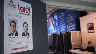Devant un bureau de vote à Evry (Essonne), le 29 janvier 2017. (IRINA KALASHNIKOVA / SPUTNIK / AFP)