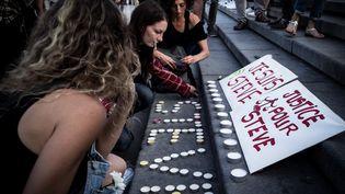 Un rassemblement à la mémoire de Steve Maia Caniço à Bordeaux, le 30 juillet 2019. (FABIEN PALLUEAU / NURPHOTO)
