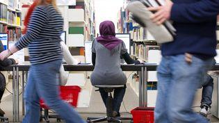 Les établissements publics d'enseignement supérieur situent en dehors du champ d'application de la loi sur le voile. (  MAXPPP)