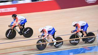 L'équipe de France de vitesse lors des Jeux de Tokyo, le 3 août 2021. (PETER PARKS / AFP)