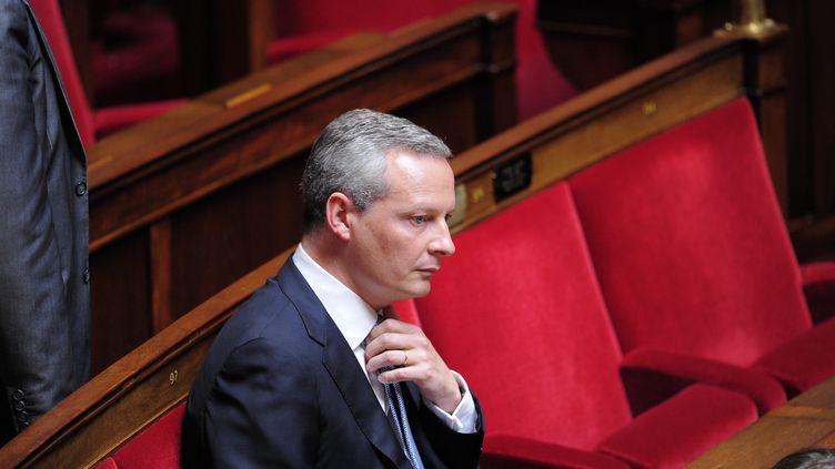 Bruno Le Maire sur les bancs de l'Assemblée nationale, à Paris, le 24 juillet 2012. (CHRISTOPHE MORIN / MAXPPP)