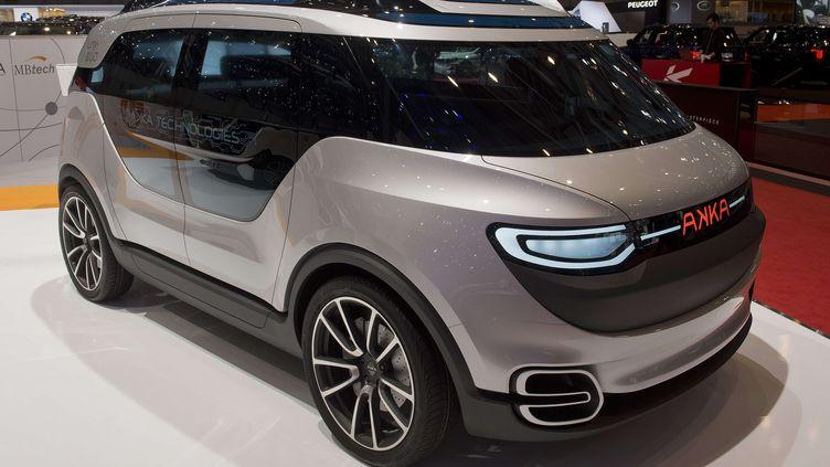La concept carLink & Go 2.0 de la société française Akka Technologies lors du 84e Salon de l'automobile de Genève (Suisse), le 5 mars 2014. (SANDRO CAMPARDO / AP / SIPA)