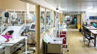 L'intérieur du centre hospitalier Andrée-Rosemont de Cayenne (Guyane), le 31 mars 2017. (JODY AMIET / AFP)