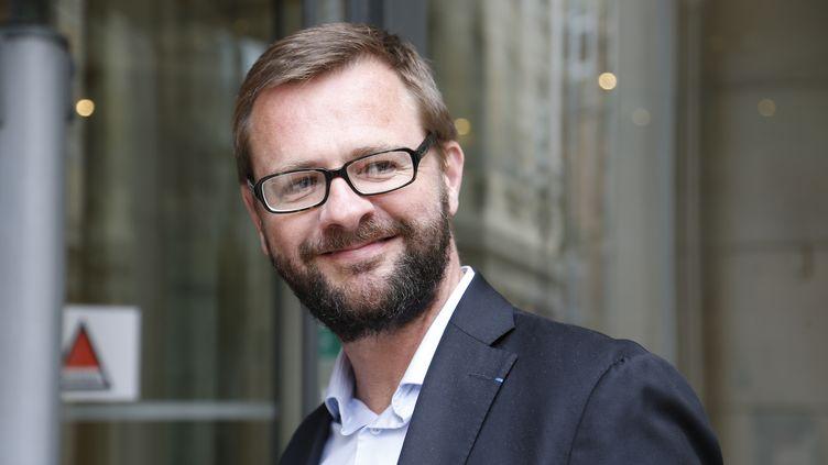 Le député européen de droite, Jérôme Lavrilleux, devant les locaux du parquet national financier, le 15 juin 2015. (THOMAS SAMSON / AFP)