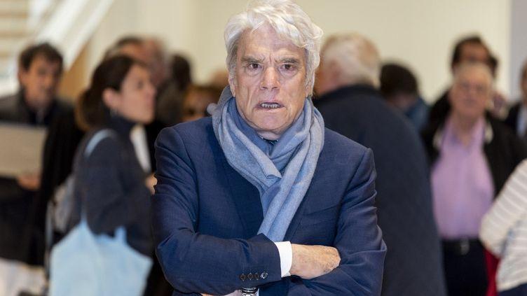 Bernard Tapie, le 4 avril 2019 lors de son procès devant la cour d'appel de Paris. (SAMUEL BOIVIN / NURPHOTO / AFP)