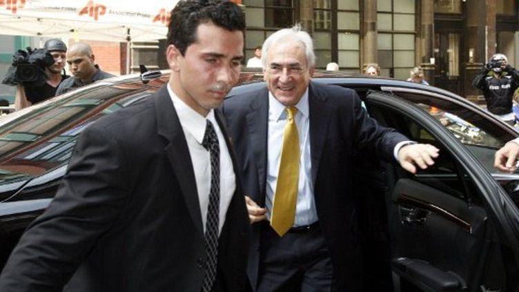Dominique Strauss-Kahn arrivant à son domicile de New York le 6 juillet 2011 (AFP - David Karp)