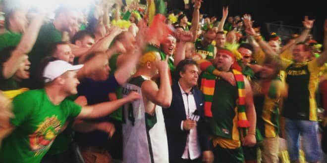 Les fans lituaniens, très démonstratifs