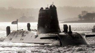 Le sous-marin «Astute» rejoint sa base de Faslane en Ecosse. (AFP/Andy Buchanan)