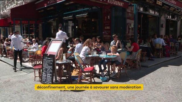 Paris : les terrasses des cafés et restaurants prises d'assaut