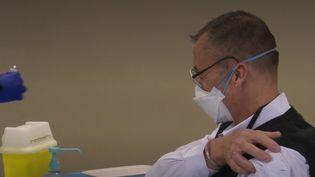 vaccin soignants (FRANCEINFO)