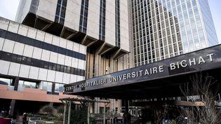 L'hôpital Bichat, où sont hospitalisés plusieurs patients atteints du coronavirus 2019-nCoV, à Paris, le 29 janvier 2020. (CHRISTOPHE ARCHAMBAULT / AFP)