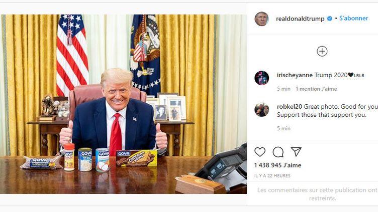 Donald Trump pose avec des produits de la marque Goya sur Instagram, le 15 juillet 2020. (INSTAGRAM)
