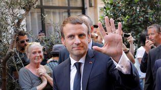 Emmanuel Macron, le 14 juillet 2017 à Nice, lors de l'hommage aux victimes de l'attentat du 14-Juillet 2016. (LAURENT CIRPIANI / REUTERS)