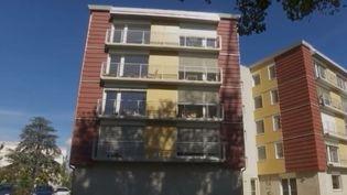 Dans le Rhône, un immeuble pensé et occupé par des retraités (FRANCE 2)