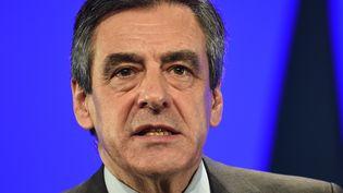 François Fillon, candidat à l'élection présidentielle, fait l'objet d'une enquête préliminaire pour détournement de fonds publics. (GUILLAUME SOUVANT / AFP)