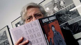 Jacques Tardi le 8 mai 2010 à Barcelone, où étaient exposées certaines de ses oeuvres consacrées à la Première Guerre mondiale  (Albert Olive / Efe / MaxPPP)