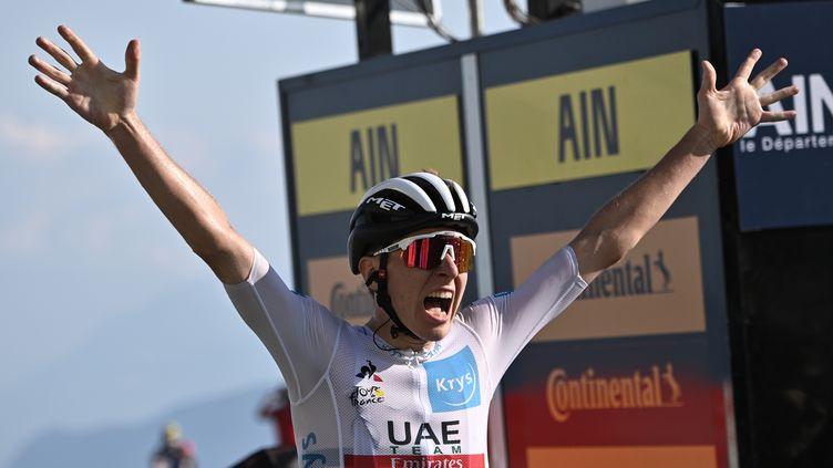 Le Slovène Tadej Pogacar remporte la 15e étape du Tour de France, au Grand Colombier (Ain), le 13 septembre 2020. (ANNE-CHRISTINE POUJOULAT / POOL / AFP)