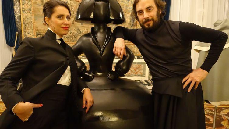Caterina Paneda etPaulGarciadeOteyza, les créateurs de la marque Oteyza à Paris le 15 janvier 2020 lors de la présentation de leur collection Lumières pour l'automne-hiver 2020-21 (CORINNE JEAMMET)