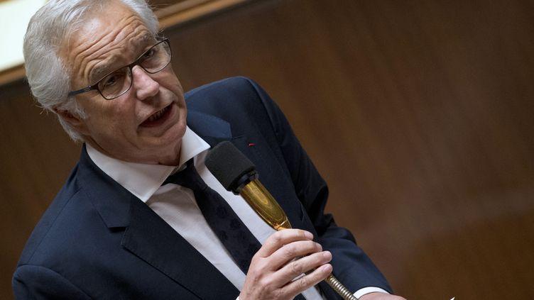 Le ministre du Travail François Rebsamen répond à une question au gouvernement, le 7 mai 2014 à l'Assemblée nationale à Paris. (KENZO TRIBOUILLARD / AFP)