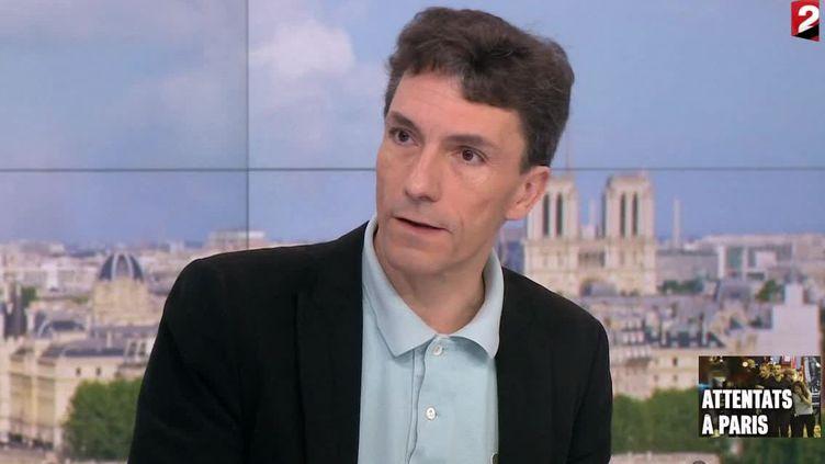 Le juge Marc Trévidic sur le plateau de France 2 le 14 novembre 2015 (Capture d'écran France 2/DR )
