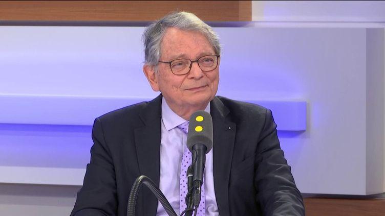 Jean-François Mattéi, invité de franceinfo le 2 mars 2020. (FRANCEINFO / RADIOFRANCE)
