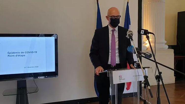 Stanislas Cazelles, préfet de la Martinique, donne une conférence de presse le 7 décembre 2020. (Thierry Maisonneuve / FRANCE TELEVISIONS)