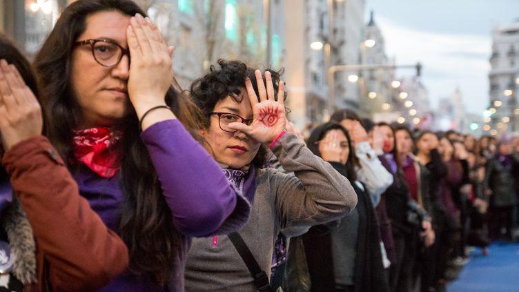 Une marche pour dénoncer les violences envers les femmes et les enfants à Madrid ( 8 mards 2020). (JULIA GALAN / HANS LUCAS)