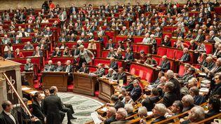 Une séance des questions au gouvernement à l'Assemblée nationale, le 10 février 2016. (CITIZENSIDE/YANN KORBI / CITIZENSIDE.COM / AFP)