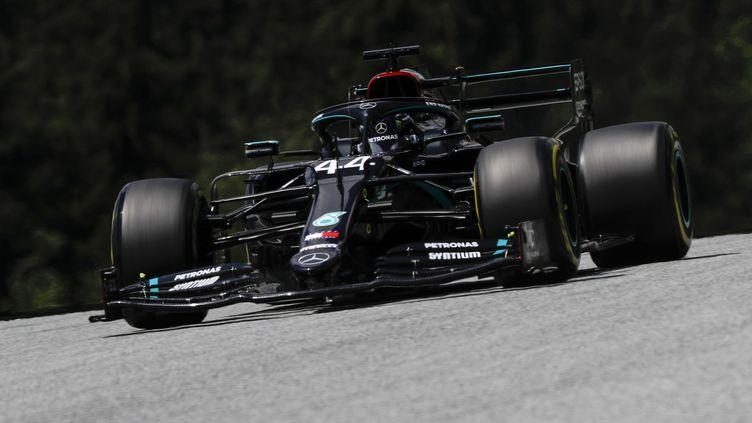 Lewis Hamilton (Mercedes) durant la séance de qualification du Grand Prix d'Autriche de Formule 1 (LEONHARD FOEGER / POOL)