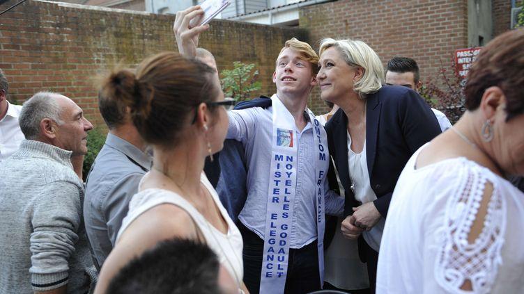 La présidente du Front national, Marine Le Pen, le 11 juin 2017 à Hénin-Beaumont (Pas-de-Calais). (SARAH ALCALAY / SIPA)