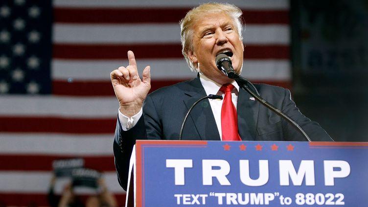 Donald Trump prononce un discours de campagne à Phoenix (Arizona, Etats-Unis), le 18 juin 2016. (RALPH FRESO / GETTY IMAGES NORTH AMERICA / AFP)