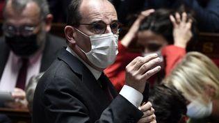 Le Premier ministre Jean Castex, devant l'Assemblée nationale à Paris, le 5 octobre 2021. (STEPHANE DE SAKUTIN / AFP)