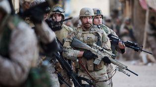 """Bradley Cooper dans """"American Sniper"""" de Clint Eastwood  (Warner Bros)"""