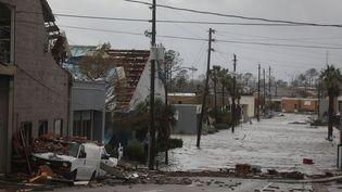 Des bâtiments endommagés après le passage de l'ouragan Michael à Panama City (Floride), le 10 octobre 2018. (JOE RAEDLE / GETTY IMAGES NORTH AMERICA)