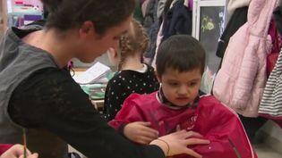 80% des autistes n'ont pas accès à une scolarisation ordinaire en France. (France 2)