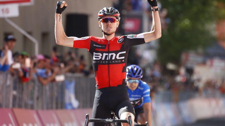 Tejay Van Garderen devance Mikel Landa pour la victoire d'étape (LUK BENIES / AFP)