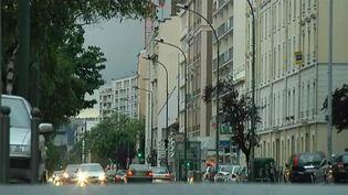 Trois jeunes juifs ont été agressés dans cette rue de Villeurbanne, dans la banlieue de Lyon, le 2 juin 2012. (FTVI / FRANCE 2)