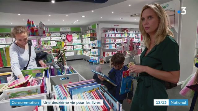 Consommation : l'économie circulaire offre une deuxième vie aux livres