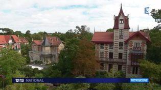 Fenêtre sur vous emmène à Arcachon (Gironde) pour vous faire découvrir son quartier de la ville d'hiver, moins connu des touristes. C'est pourtant un joyau de verdure et d'architecture. (FRANCE 3)