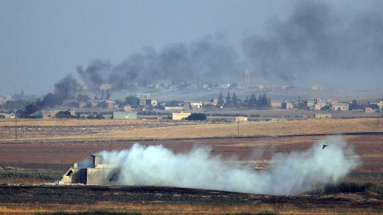 Des militaires turcs et leurs supplétifs syriens ont pénétré le 9 octobre 2019 dans le nord-est de la Syrie dans le cadre d'une offensive lancée par Ankara contre une milice kurde. (LEFTERIS PITARAKIS/AP/SIPA / SIPA)